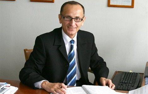 """MUDr. Ľubomír Okruhlica, CSc.: """"Vývoj nových liekov je rizikový, ale pre pokrok nevyhnutný"""""""