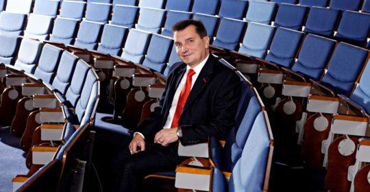 """MUDr. Ján Slávik, MBA: """"Funkcia riaditeľa nemocnice nie je len práca od stola."""""""