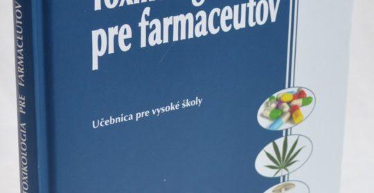 Profesionálny rast mladých farmaceutov s podporou UNIPHARMY