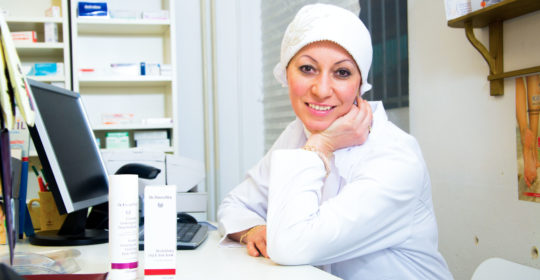 PharmDr. MUDr. Evelin Karim Aziz, MPH: Kým všetkým musíte byť, aby vaša lekáreň prežila